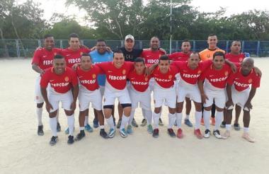 El equipo de Clinidet, campeón del torneo 'Vecinos de La Victoria'.