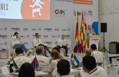 Aspecto del panel que se desarrolló en el marco del Congreso Más Región.