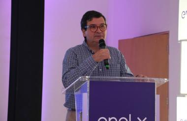 Carlos Mario Restrepo.
