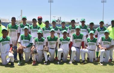 Integrantes de la selección de béisbol sub-15 de Sucre que participa en el campeonato nacional.