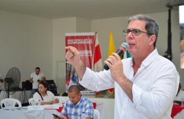 El diputado Rosales durante el debate de ayer.
