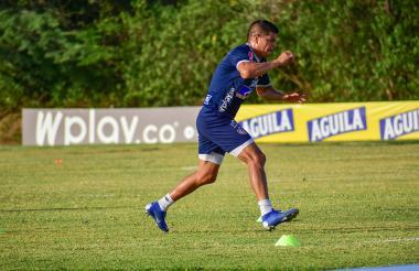 El delantero venezolano Edder Farías en un entrenamiento del Junior en la sede deportiva Adelita de Char.