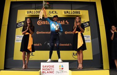 Nairo Quintana gana la etapa 18 del Tour de Francia.