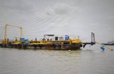 Los trabajos en la línea subacuática.