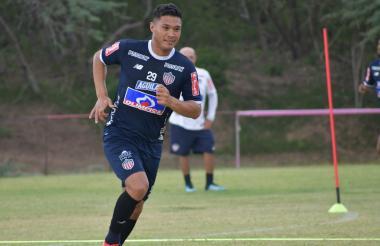 Teófilo Gutiérrez durante una práctica del Junior.