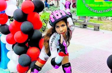 Aline González pertenece a un club de patinaje. Actualmente está hospitalizada.