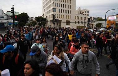 Personas fueron evacuadas en el centro de la ciudad.