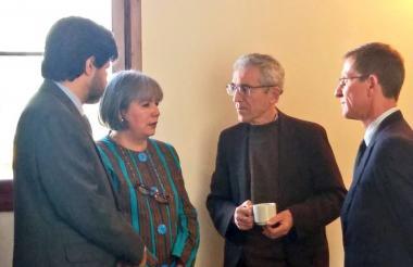 Charla de miembros de la Comisión de la Verdad con la presidente de la JEP.