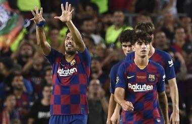 Luis Suárez celebrando el gol de la victoria.