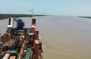 Los buques podrán ingresar con un calado de 10 m.