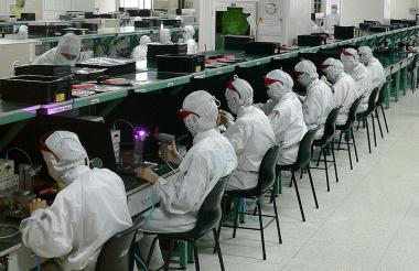 En 2012, Foxconn admitió haber hecho trabajar a niños de 14 años en sus fábricas en China.
