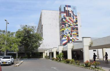Fachada del Hospital Universitario de Alta Complejidad Cari, ubicado en el barrio Los Andes.