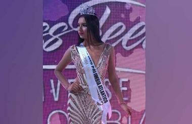 Nayla Piña Vélez, ganadora del certamen.