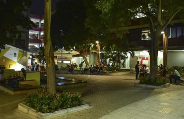 Plazoleta principal de la Universidad Autónoma del Caribe.