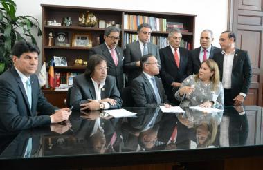 Congresistas del Atlántico en la presentación del proyecto de Ley.