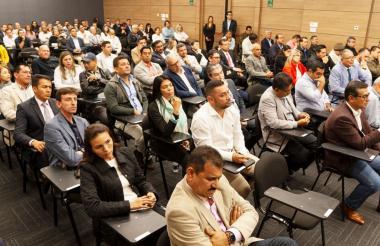 Los aspirantes durante la prueba realizada en Bogotá.