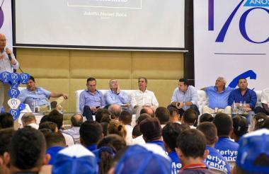 Aspecto del foro realizado en julio en Barranquilla para celebrar los 170 años del Partido Conservador.