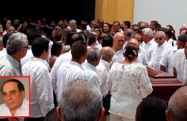 Al sepelio de Alberto 'Tico' Aroca asistieron dirigentes políticos, ganaderos, galleros, médicos, artistas de la música vallenata, deportistas, empresarios, amigos y familiares de pediatra.