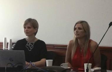 Sandra Gómez y María José Vengoechea en la rueda de prensa realizada en la Cámara de Comercio.