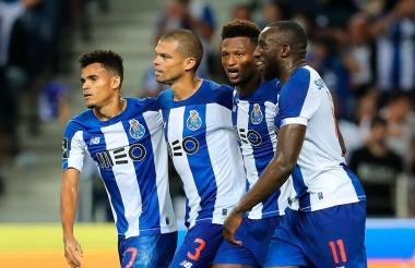 El extremo guajiro Luis Díaz celebrando junto a Pepe y Marega en el FC Porto.