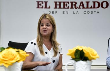 La candidata a la Gobernación del Atlántico Elsa Noguera en su visita a EL HERALDO.