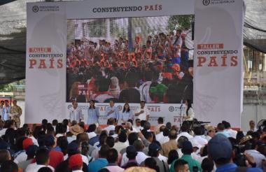 Imagen tomada durante el Taller Construyendo País que se realizó en Malambo.