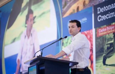 Carlos Felipe Córdoba, contralor general, durante la Asamblea de Confecámaras.