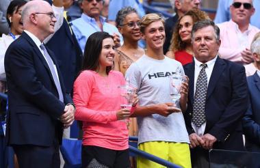 La colombiana María Camila Osorio y el checo Jonas Forejtek, ganadores del US Open Junior 2019.
