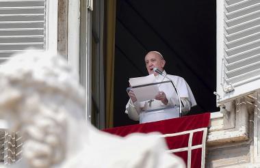 El papa anunció un consistorio  el 5 de octubre  para elegir 13 nuevos cardenales de diversas partes del mundo.