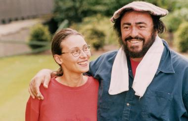 Nicoletta Mantovani junto a su esposo Luciano Pavarotti.
