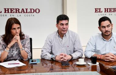 Juliana Pungiluppi, directora nacional del ICBF; Benjamín Collantes, director regional Atlántico, y Jesús Pérez, jefe de la Oficina de Gestión Regional del ICBF.