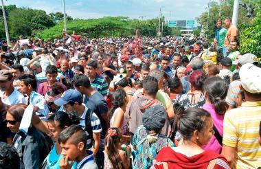 Venezolanos en la frontera.