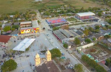 Panorámica de la plaza central de Candelaria, Atlántico, municipio en donde se construiría la megacárcel.