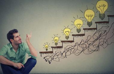 Los expertos sugieren que enfocarse en el futuro y la innovación son opciones para pasar el valle de la muerte de las empresas.