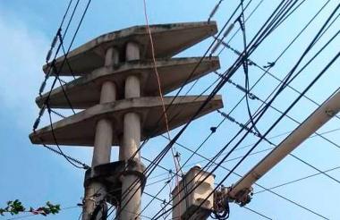 En esta torre de alta tensión trabajarán los operarios de Electricaribe.