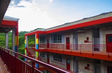 La institución educativa de Isabel López cuenta con una nueva infraestructura.