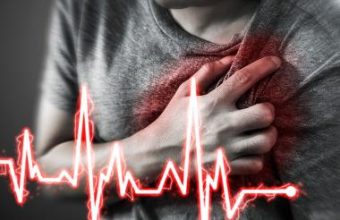 La realización de actividad física, al menos 30 minutos diarios, previene los infartos de miocardio.