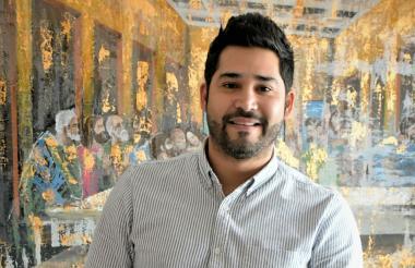 David Gutiérrez en las oficinas del Punto Múltiple de Sabor
