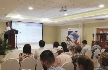Aspecto de la socialización de la Comisión de Regulación de Energía y Gas que se llevó a cabo ayer en Barranquilla.