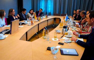 Aspecto del encuentro con autoridades del Lander de Baviera en Alemania.