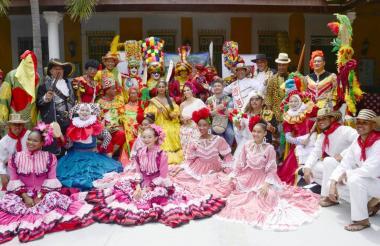 Las fiestas se unieron en una sola en la Casa del Carnaval.
