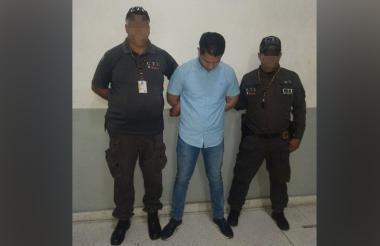 Carlos Esmir Camargo Piedrahita, capturado.