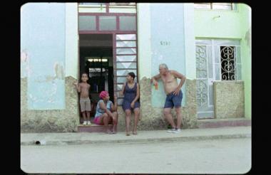 La película de trece minutos fue grabada con una película de 16 mm y  sonido 5.1 en un plano secuencia.