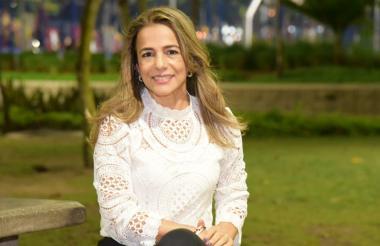 Doris Bolívar Ebratt, nueva secretaria de la Mujer y Equidad de género del departamento.