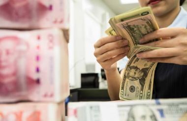 La guerra comercial entre Estados Unidos y China ha marcado el ritmo de la economía internacional en este año.