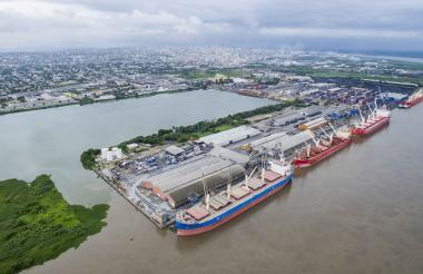 Instalaciones de la Sociedad Puerto de Barranquilla.