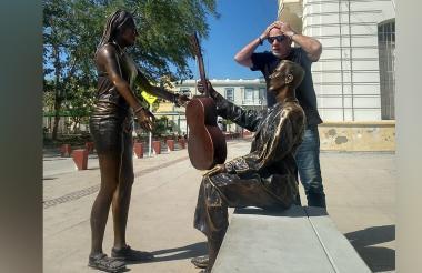 Estatua de Carlos Vives.