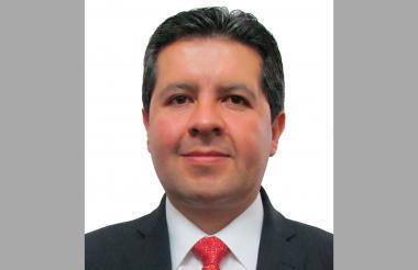 Hernán Gustavo Estupiñán.