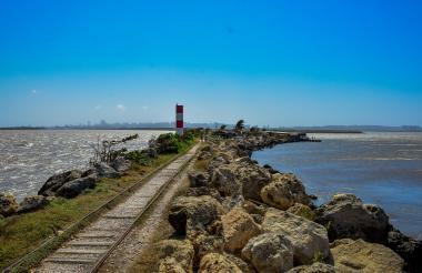 Bocas de Ceniza donde el río Magdalena se une con el Mar. Es uno de los sitios más visitados según cuentan habitantes de la zona.