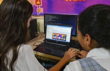 El fortalecimiento de la infraestructura de acceso a internet acelera los procesos de transformación digital.